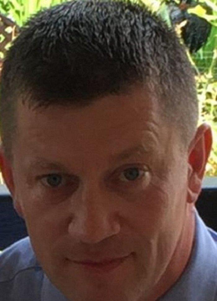 Η τελευταία φωτογραφία του Βρετανού αστυνομικού λίγο πριν σκοτωθεί - εικόνα 2