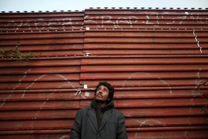 Σύνορα ΗΠΑ - Μεξικού: Απελπισία και όνειρα στον φράκτη του Μπους
