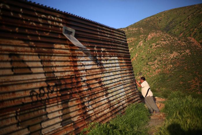 Σύνορα ΗΠΑ - Μεξικού: Απελπισία και όνειρα στον φράκτη του Μπους - εικόνα 9