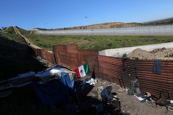 Σύνορα ΗΠΑ - Μεξικού: Απελπισία και όνειρα στον φράκτη του Μπους - εικόνα 12