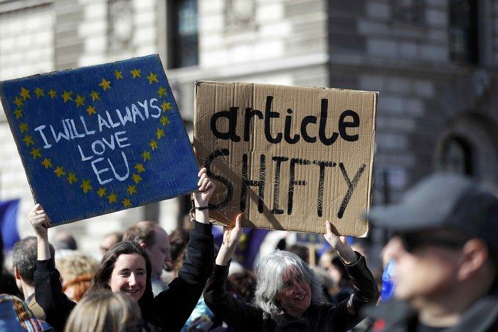 Στους δρόμους κατέβηκαν (ξανά) οι Αγγλοι εναντίον του Brexit - εικόνα 5