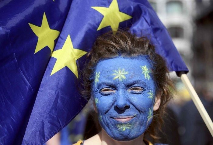 Στους δρόμους κατέβηκαν (ξανά) οι Αγγλοι εναντίον του Brexit - εικόνα 7