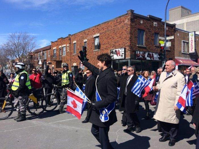 O Τζάστιν Τριντό στην παρέλαση της 25ης Μαρτίου στο Μόντρεαλ - εικόνα 2