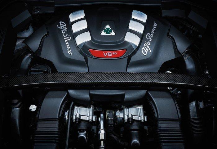 Μπορεί η Stelvio να σας κάνει να αλλάξετε γνώμη για την Alfa Romeo; - εικόνα 7