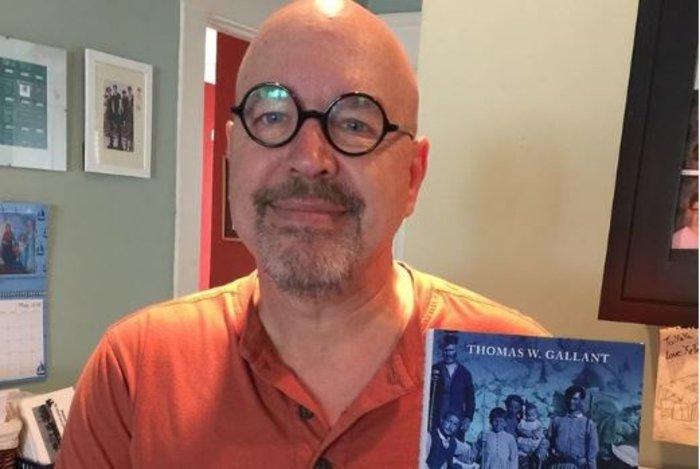 Thomas Gallant: Η ιστορία από το 1821 έως σήμερα σε...άψογα ελληνικά
