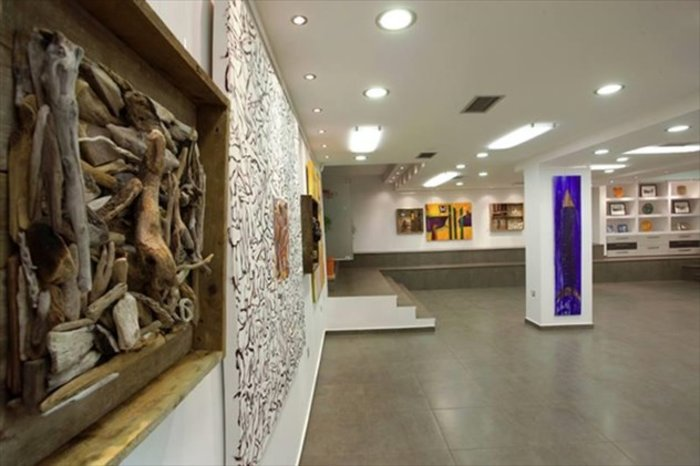 Οι γκαλερί της Αθήνας υποδέχονται τη documenta14