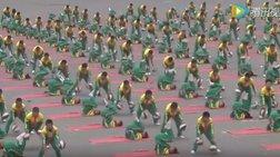 Υπερθέαμα συντονισμού:  yoga και μπάσκετ σε ένα!   βίντεο
