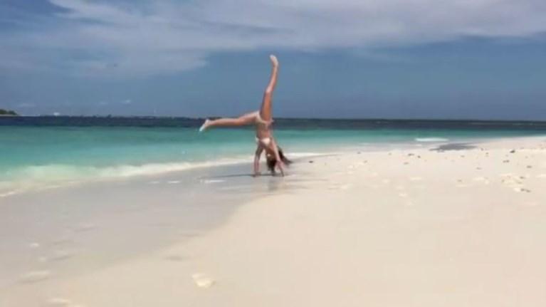 i-athina-oikonomakou-deixnei-to-talento-tis-sta-akrobatika-binteo