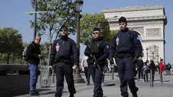 Γαλλία: Σε εξέλιξη οι έρευνες για την επίθεση στα Ηλύσια Πεδία