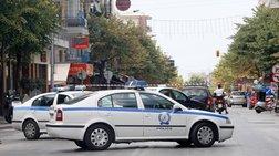 Eισβολή κουκουλοφόρων στα γραφεία της Καθημερινής στη Θεσσαλονίκη