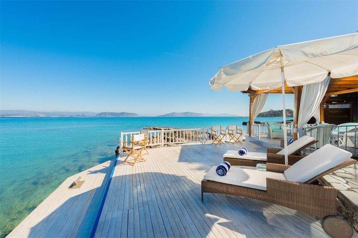 Μπείτε στο πιο ακριβό σπίτι της Ελλάδας-  Πωλείται για 20 εκατ. ευρώ - εικόνα 3