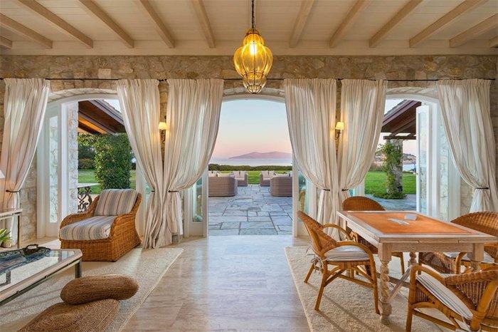 Μπείτε στο πιο ακριβό σπίτι της Ελλάδας-  Πωλείται για 20 εκατ. ευρώ - εικόνα 8