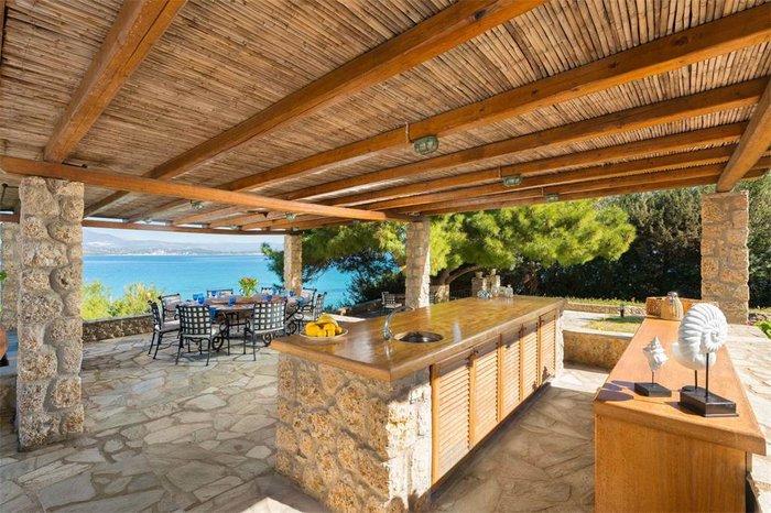 Μπείτε στο πιο ακριβό σπίτι της Ελλάδας-  Πωλείται για 20 εκατ. ευρώ - εικόνα 15