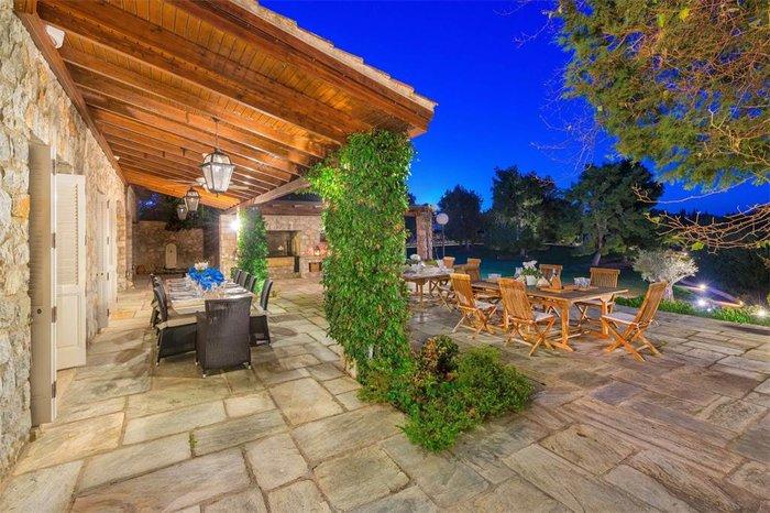 Μπείτε στο πιο ακριβό σπίτι της Ελλάδας-  Πωλείται για 20 εκατ. ευρώ - εικόνα 30