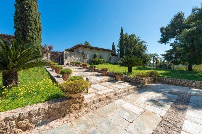 Μπείτε στο πιο ακριβό σπίτι της Ελλάδας-  Πωλείται για 20 εκατ. ευρώ - εικόνα 32
