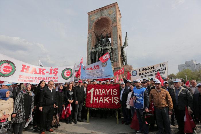 Τουρκία: Ξύλο και δακρυγόνα στην πορεία της Πρωτομαγιάς - εικόνα 4