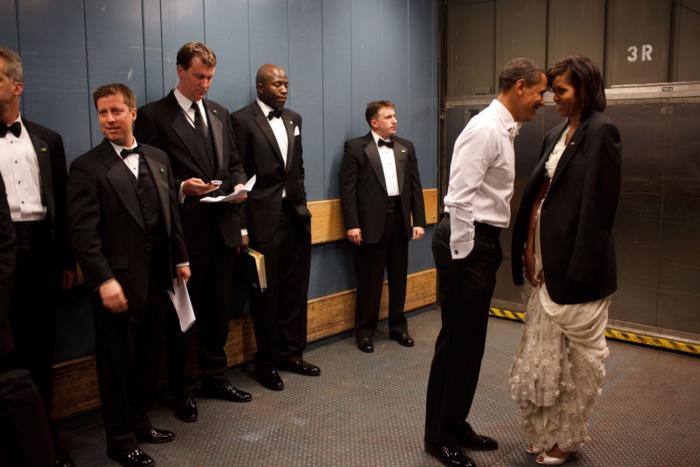 Η άγνωστη ερωμένη του Ομπάμα, την οποία ζήτησε σε γάμο πριν τη Μισέλ - εικόνα 4