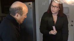 Βρήκε μετά από 8 χρόνια το κλεμμένο πορτοφόλι της video