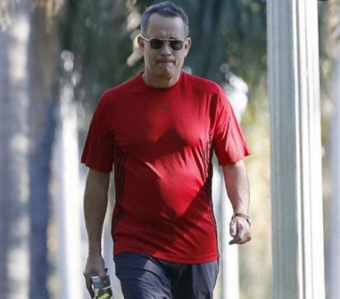 """Ο """"φιλέλληνας"""" Τομ Χανκς και η viral φάρσα με τις μπλούζες του - εικόνα 6"""