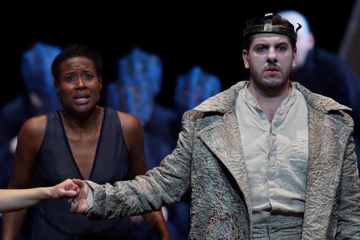 Ο Στάθης Λιβαθινός σκηνοθετεί Αΐντα στην όπερα la Monnaie