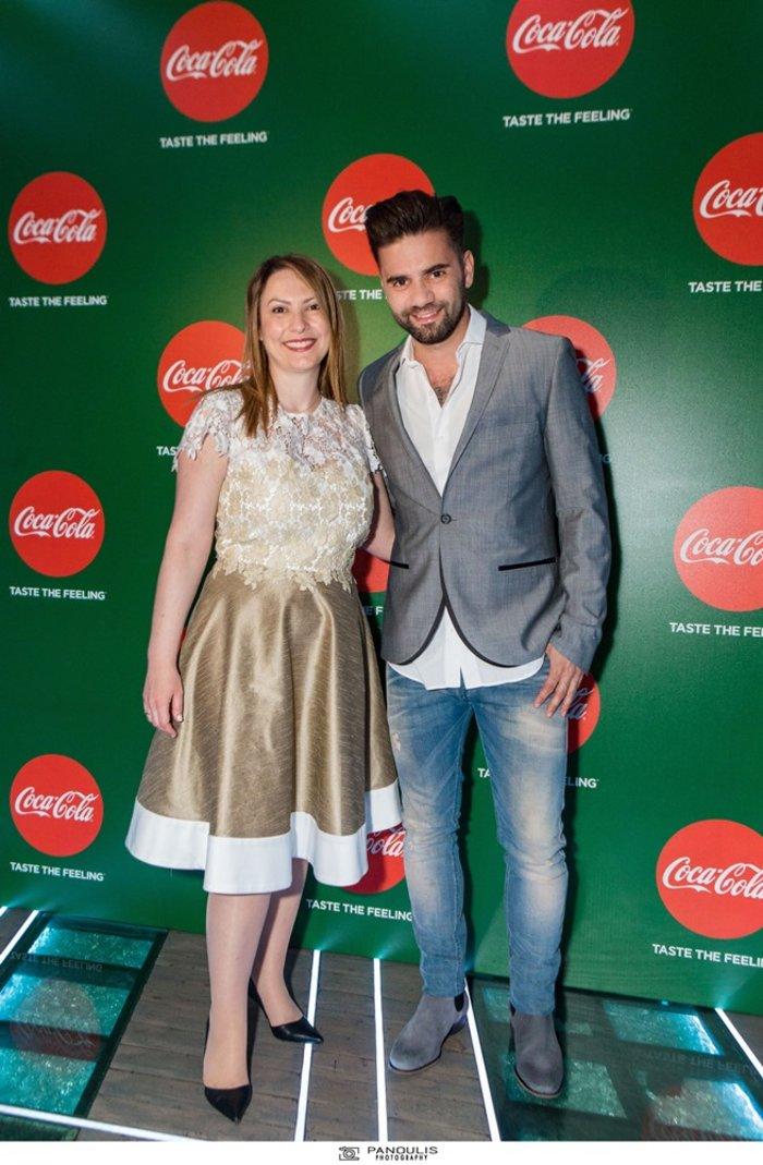 Η Ντιάνα Μπίρμπα, Διευθύντρια Μάρκετινγκ της Coca-Cola Hellas, μαζί με το Θοδωρή Μαραντίνη
