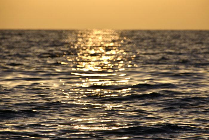 Χρυσό ηλιοβασίλεμα στη Λέσβο - Shutterstock