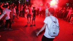 Τη... νύχτα μέρα κάνουν οπαδοί του Ολυμπιακού στο Πασαλιμάνι -φωτό