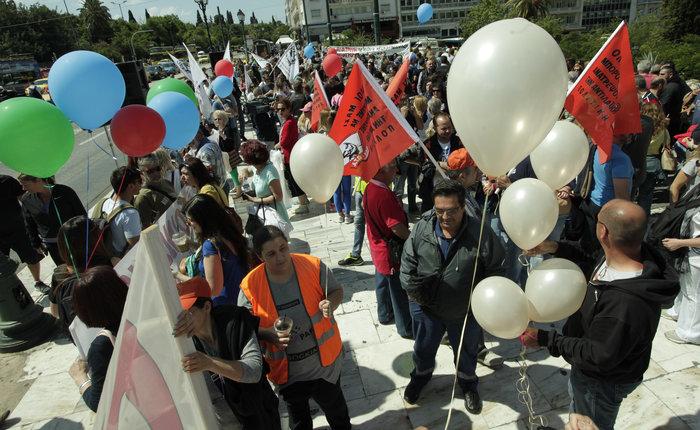ΠΟΕ-ΟΤΑ: Συγκέντρωση διαμαρτυρίας στο Σύνταγμα - εικόνα 2