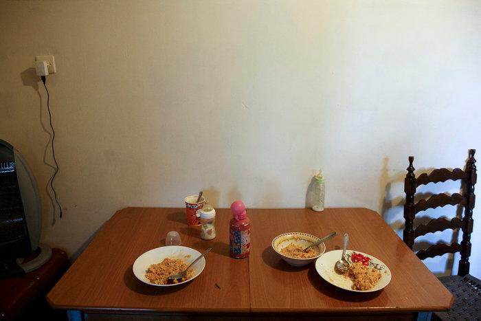 Reuters: Η φτώχεια δοκιμάζει τις ελληνικές οικογένειες στην κρίση - εικόνα 3