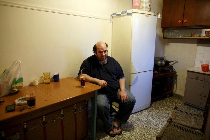 Reuters: Η φτώχεια δοκιμάζει τις ελληνικές οικογένειες στην κρίση - εικόνα 6
