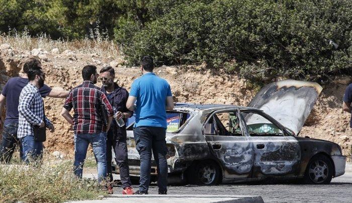 Απανθρακωμένοι σε ΙΧ σε Κερατσίνι & Καβούρι: Aυτοκτονία η έγκλημα; (ΦΩΤΟ)