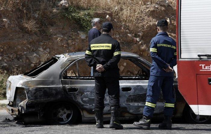 Απανθρακωμένοι σε ΙΧ σε Κερατσίνι & Καβούρι: Aυτοκτονία η έγκλημα; (ΦΩΤΟ) - εικόνα 2
