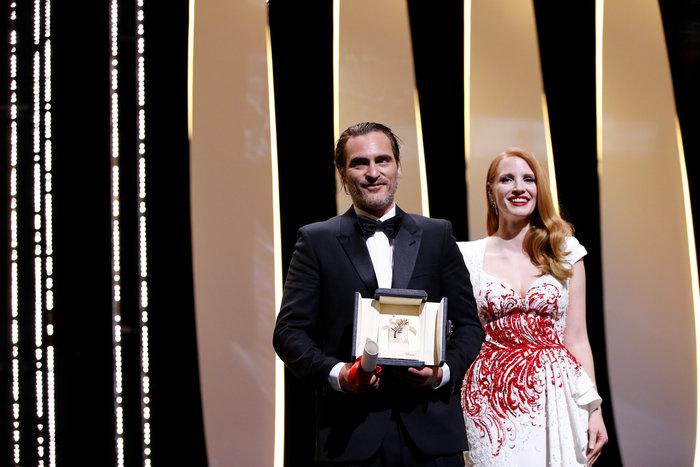 Βραβείο σεναρίου για τον Γιώργο Λάνθιμο στις Κάννες! - εικόνα 2