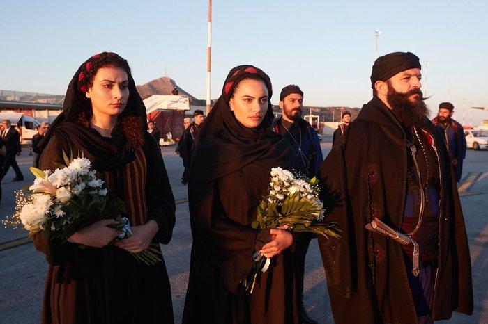Μαρία Τσαγκαράκη: Η κρητικοπούλα που είπε το τελευταίο αντίο στον Μητσοτάκη