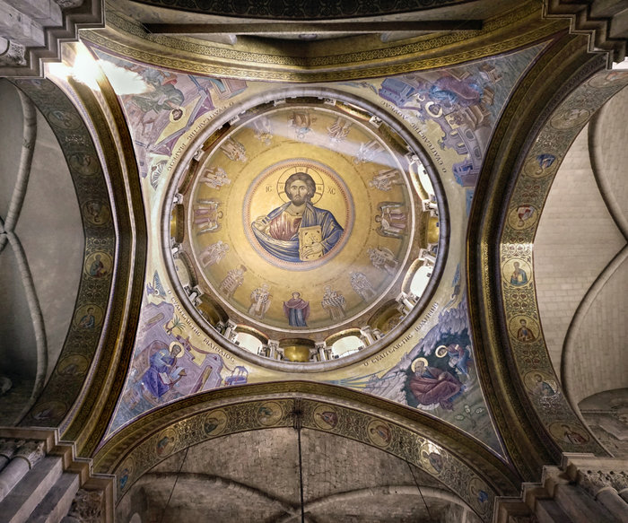 Ο αγιογράφος του Πανάγιου Τάφου στο TOC: «Δουλεύοντας υπό την ιερή ιστορία»