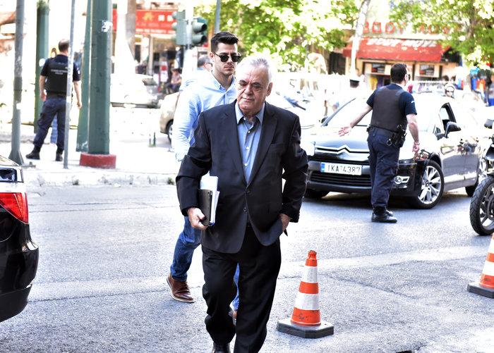 Συνεδριάζει η Πολιτική Γραμματεία ΣΥΡΙΖΑ με Τσίπρα - Τσακαλώτο - εικόνα 3