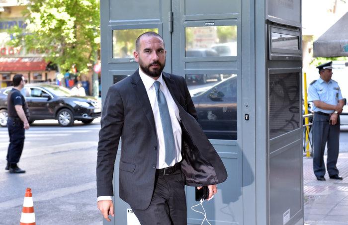 Συνεδριάζει η Πολιτική Γραμματεία ΣΥΡΙΖΑ με Τσίπρα - Τσακαλώτο - εικόνα 4