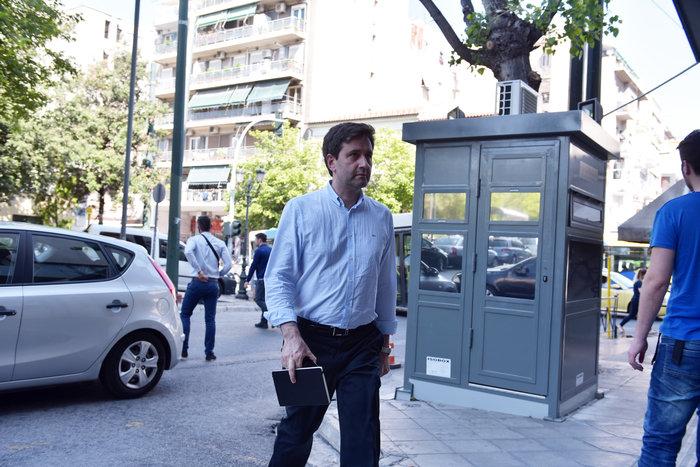 Συνεδριάζει η Πολιτική Γραμματεία ΣΥΡΙΖΑ με Τσίπρα - Τσακαλώτο - εικόνα 5
