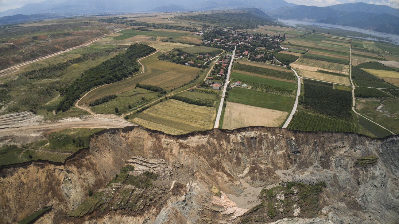 80db733176 Σε κατάσταση έκτακτης ανάγκης το Αμύνταιο-Εκκενώθηκαν σπίτια