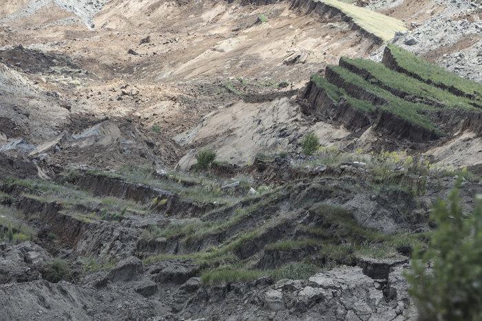 Εικόνες βιβλικής καταστροφής από την κατολίσθηση στο ορυχείο Αμυνταίου - εικόνα 3