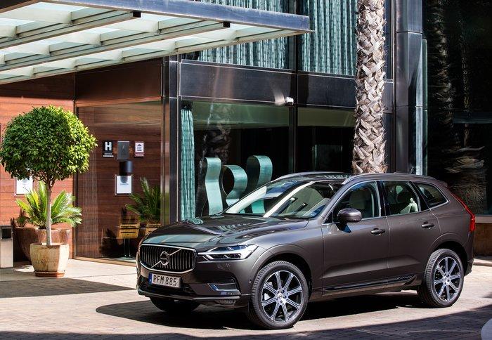 Στην Ελλάδα το νέο Volvo XC60 χωρίς κουμπιά στην καμπίνα - εικόνα 3