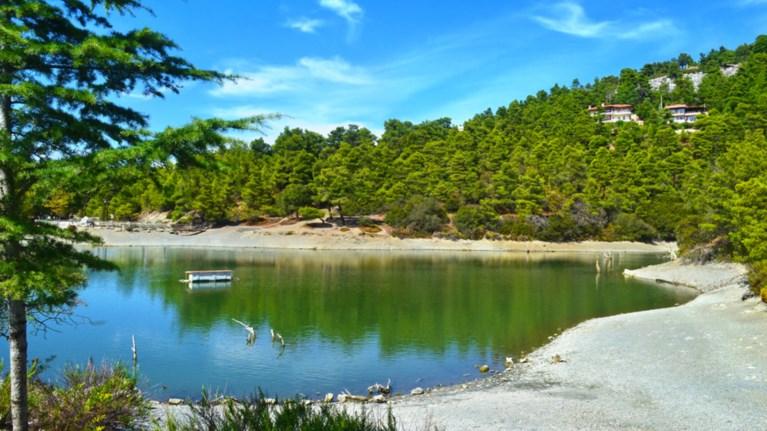 Αποτέλεσμα εικόνας για λιμνη μπελετσι