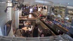 kamera-se-kafeteria-sti-mutilini-katagrafei-ton-seismo