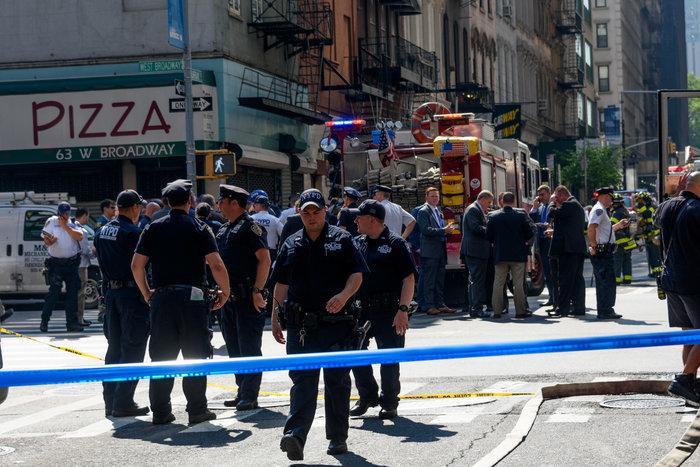 Εκρηξη στη Νέα Υόρκη: Δεκάδες τραυματίες από φωτιά σε 12 πολυκατοικίες