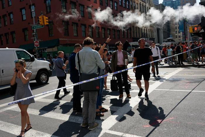 Εκρηξη στη Νέα Υόρκη: Δεκάδες τραυματίες από φωτιά σε 12 πολυκατοικίες - εικόνα 3