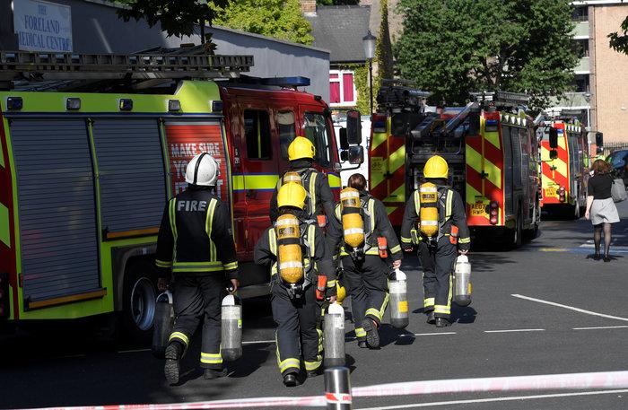 Ανείπωτη τραγωδία στο Λονδίνο: Φόβοι για εκατόμβη νεκρών - εικόνα 3