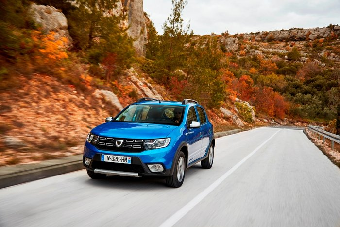 Ανανέωση για τα Dacia Sandero, Sandero Stepway και Duster