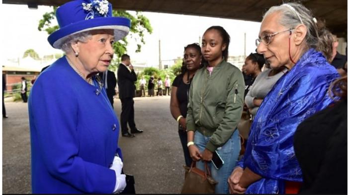 Διαδηλωτές μπούκαραν σε δημαρχείο του Λονδίνου ζητώντας «δικαιοσύνη» - εικόνα 4