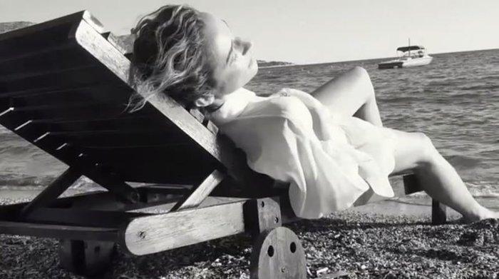 Κάτια Ζυγούλη: Πανέμορφη και αισθησιακή στην πιο ώριμη φωτογράφησή της - εικόνα 4