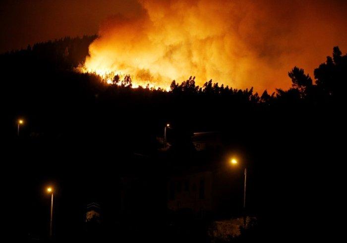 Πύρινη κόλαση στην Πορτογαλία: Φωτιά σε δάσος με 57 νεκρούς (ΦΩΤΟ&ΒΙΝΤΕΟ) - εικόνα 2